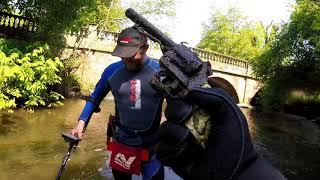 GUN FOUND IN RIVER, EQUINOX & KRUZER, METAL DETECTING