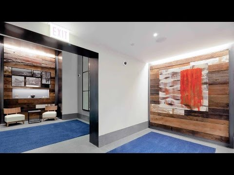 Tour an 06-tier 1-bedroom at Streeterville