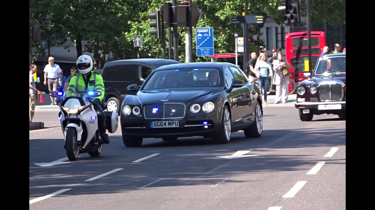 Police Escorting Royal Motorcade In London Youtube
