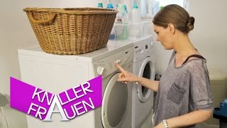 Drying the Laundry [subtitled] | Knallerfrauen with Martina Hill