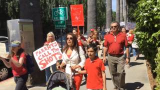 "Anti-vaccine protest at Capitol: ""Parents call the shots"""