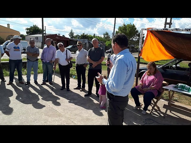 Manini Rios cara a cara con el barrio Mandubi de Rivera