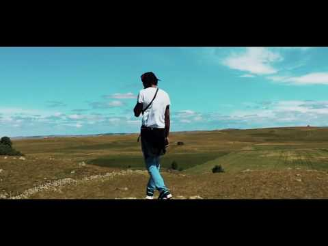 Youtube: Nothing – Triickii Magvng (clip officiel)