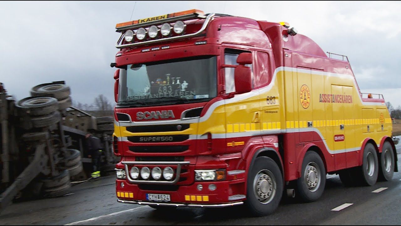Scania R560 8x4 Heavy Recovery Of 4 Axle Container Trailer