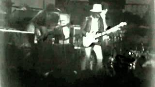 The Band - Baby Let Me Follow You Down - 11/25/1976 - Winterland (Official)