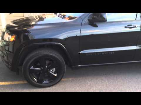 Jeep grand cherokee Black on Black pimped out 20 inches rims mags