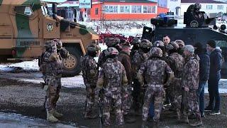 Polis Özel Harekat (PÖH) Hainlere Meydan Dayağı