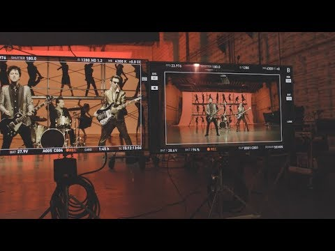 """Green Day Take You Behind The Scenes Of """"Father Of All..."""""""