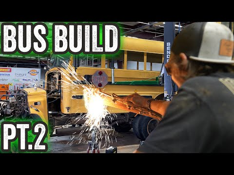 Cutting up Gas Monkey's BIGGEST build EVER-  Part 2 - Gas Monkey Builds
