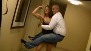 Mary Ann Graves easily lifts and carries a big guy (funny video)