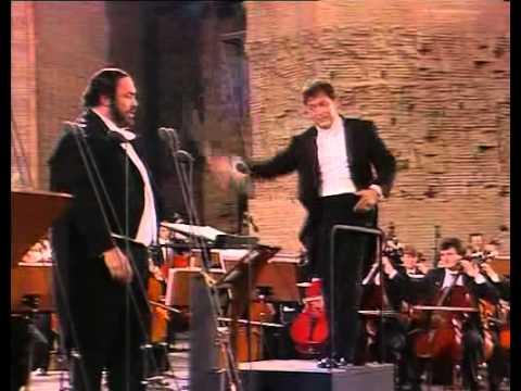 Luciano Pavarotti. Torna a Surriento. E. de Curtis.