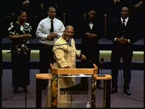 Pastor Marvin L. Winans singing A Song of Consecration