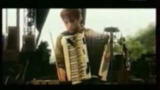 Yann Tiersen Le banquet Live aux eurock 2001