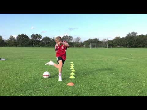 Madcon Don't Worry - (feat. Ray Dalton) - Football Skills by Christian Wagner