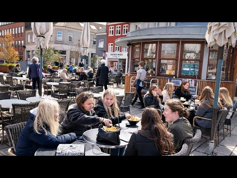 شاهد: مطاعم ومتاحف الدنمارك تفتتح لفئة معينة من الناس.. تعرف عليها…  - نشر قبل 2 ساعة