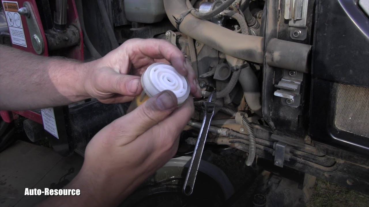 Mahindra Tractor - How to replace Fuel Filter
