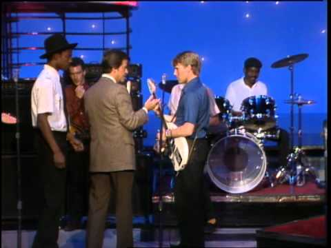 Dick Clark Interviews English Beat - American Bandstand 1982
