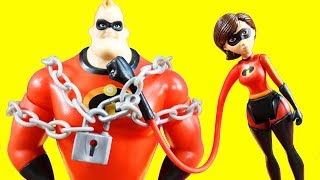 Incredibles 2 Toys With Chain Bustin' Mr. Incredible Stretch Arm Elastigirl + Trouble At The Batcave