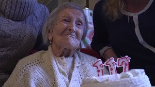 World's Oldest Person Turns 117 Crediting Raw Eggs and Steak To Longevity thumbnail