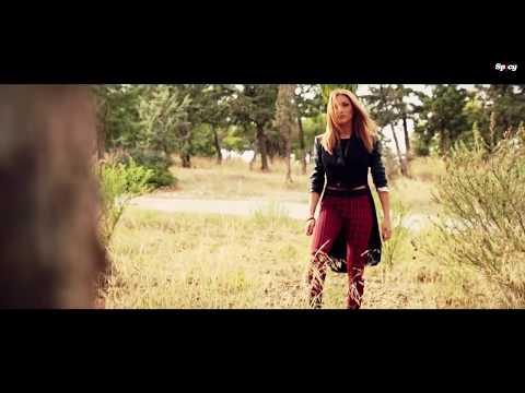 Στέλλα Καλλή - Έτσι κάνω εγώ | Stella Kalli - Etsi kano ego - Official Video Clip (HQ)