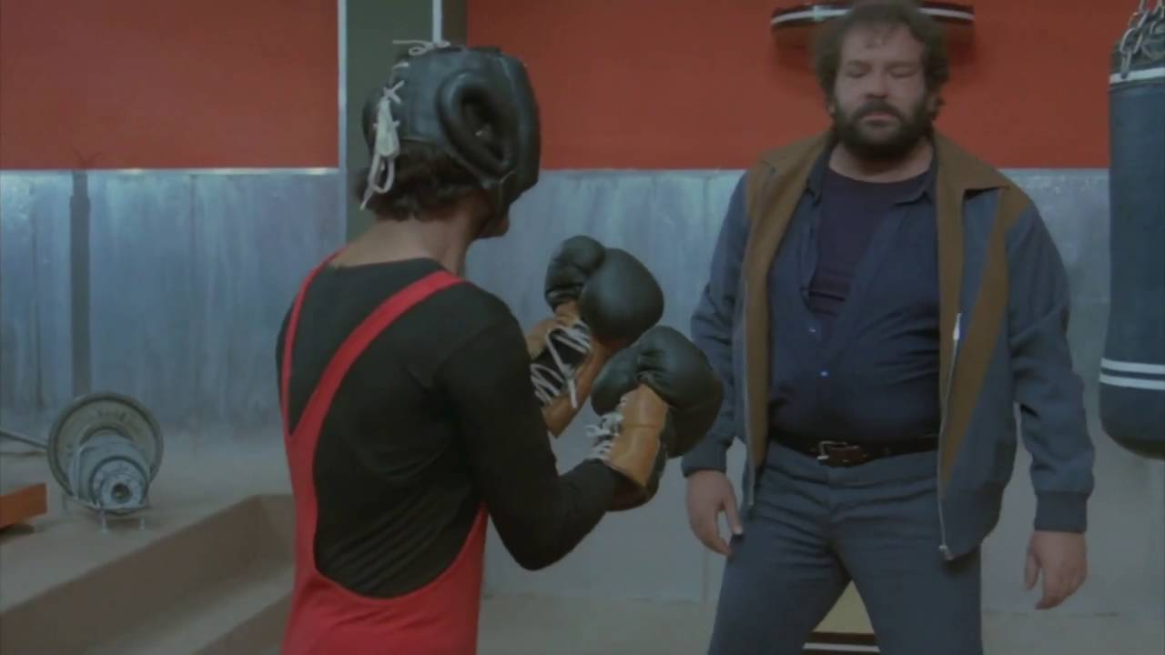 Pelea En El Gym Bud Spencer Terence Hill Juntos Son Dinamita Audio Latino Youtube