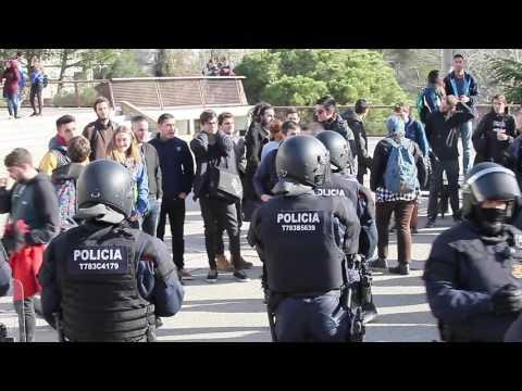 Nuevo ataque a los jóvenes de SCC en la UAB. ¡Que lo vea toda España!