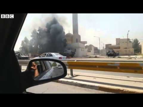 Iraq  Video shows residents fleeing city of Mosul