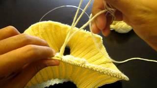 Repeat youtube video How to connect a new yarn  วิธีการเชื่อม(ต่อ)ไหมพรม