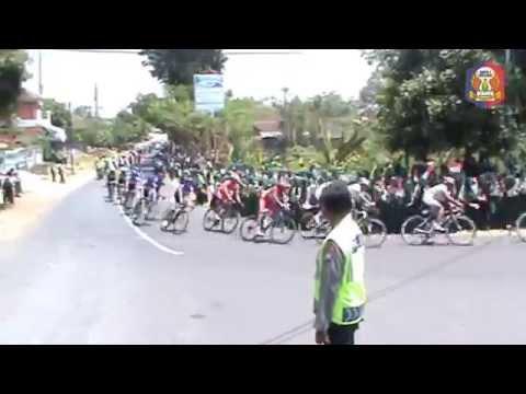 international-tour-de-banyuwangi-ijen-(itdbi)-2014-etape-1