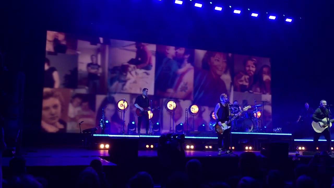 Broilers- Ihr da oben - LIVE Düsseldorf ISS Dome 01.12 ...