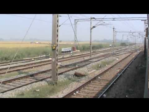 Departing From Mughal Sarai Junction Largest Yard In India Pt 2 2 Asr Sdah Express Youtube