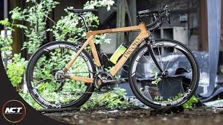 하차감의 끝, wooden bike는 어떨까요? 나무로 만든 자전거의 역사는 꽤 오래되었습니다. 페달이 없는 초창기 dandy horse는 나무로 만들어졌으니까요 (1817년) 예상보다 다양한 제품들이 있네요. diy 대나무 자전거는 30만원 정도네요. 완차 무게는 10kg 내외? 한번 살펴보세요. :)<br /> https://road.cc/content/tech-news/183854-10-stunning-wooden-bikes<br /> http://www.makery.info/en/2018/03/06/le-top-10-des-velos-en-bois-et-bambou/