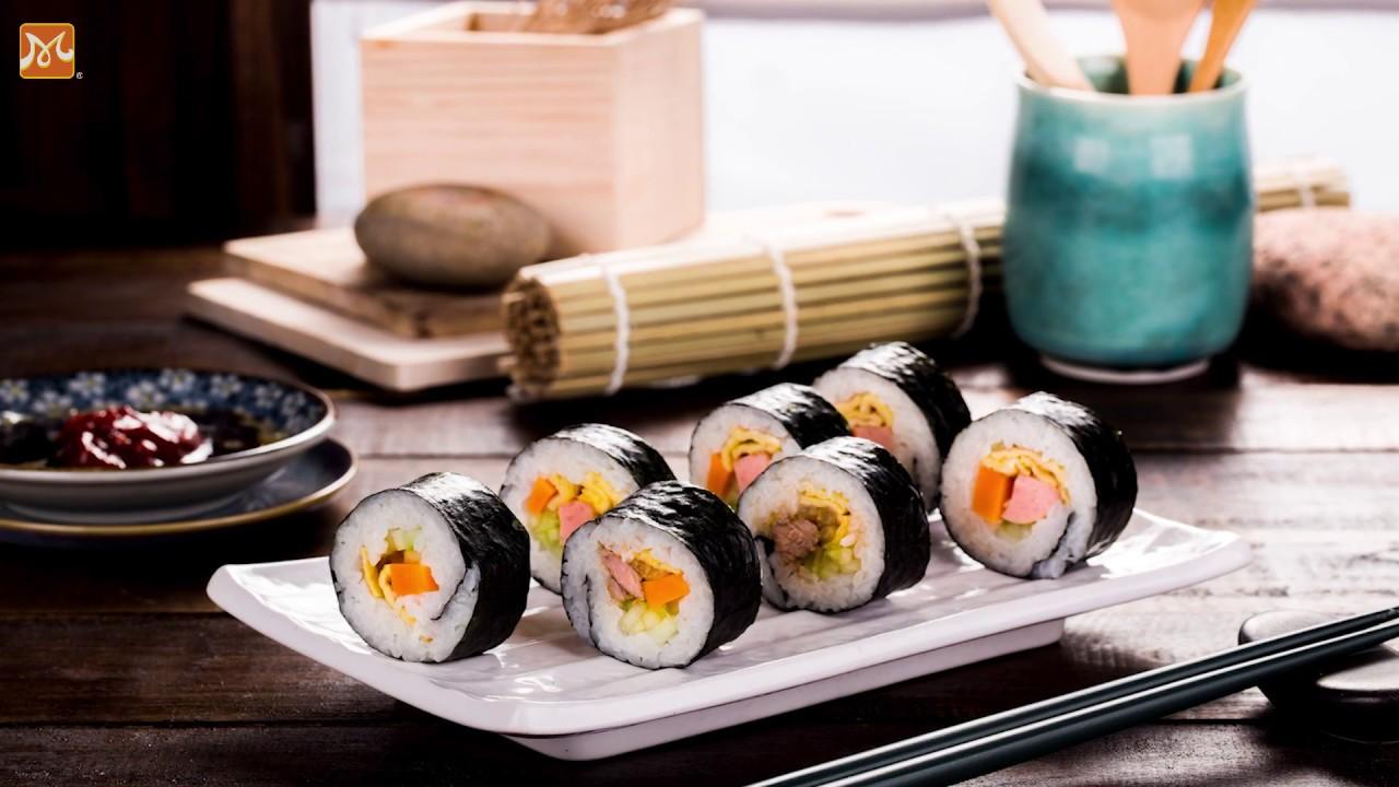 Hướng Dẫn Làm Cơm Cuộn Hàn Quốc Dễ Dàng Và Ngon   Học Nấu Ăn Ngon   Hướng Nghiệp Á Âu