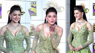 Urvashi Rautela H0T Dress Look At Umang 2020 | Mumbai Police Awards 2020