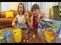 ÇÖP KUTUSUNDAN SİNEKLERİ KAÇIRMA , eğlenceli çocuk videosu, toys unboxing