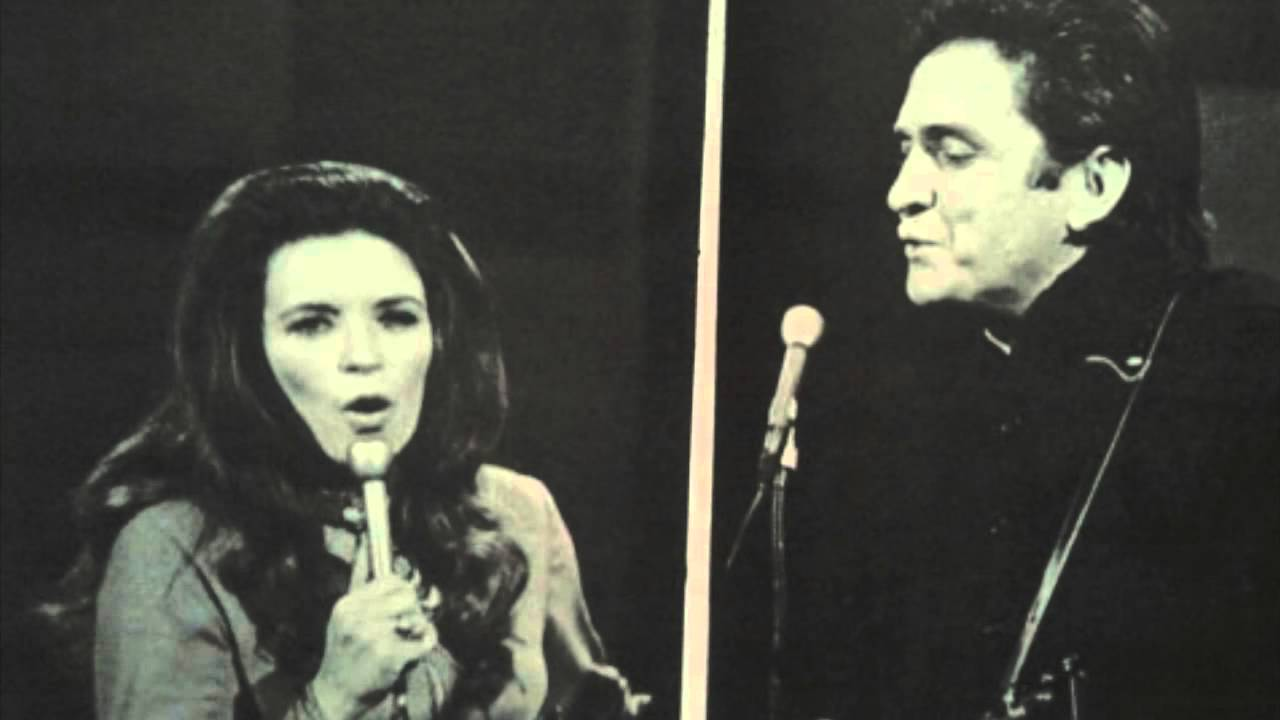 how did johnny cash and june carter meet