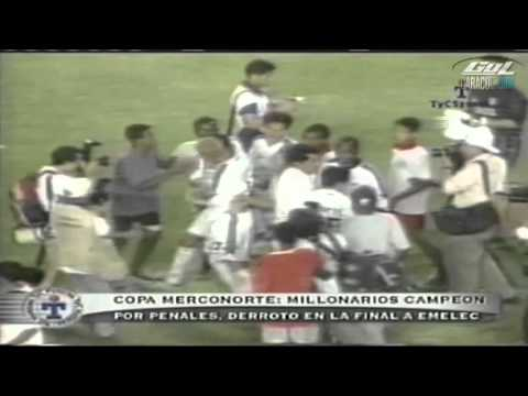 72) FUTBOLのパヒナ