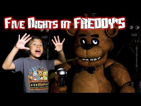 Evan plays FIVE NIGHTS AT FREDDY'S with Jump Scare Cam!