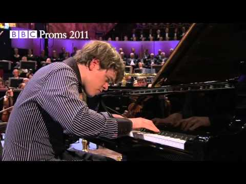 BBC Proms 2011: Benjamin Grosvenor plays Brahms