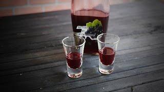 Настойка из черной смородины на водке (спирту) - простой рецепт