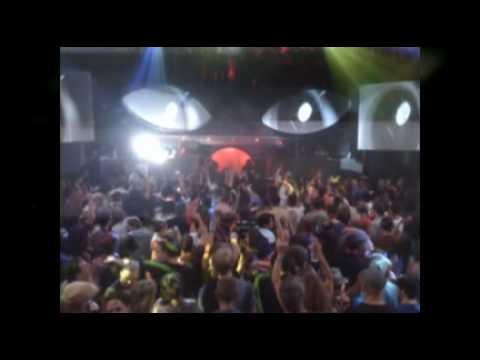 BASSNECTAR - Teleport Massive Feat. Zumbi