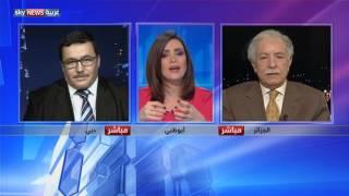 آراء متباينة بشأن الدستور الجزائري الجديد