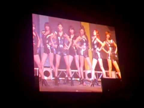 Nine Muses live performance in Abu Dhabi part 4 *fancam* - Comeback Stage