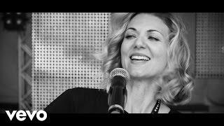 Ella Endlich - Spuren auf dem Mond [Offizielles Video]