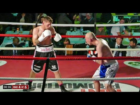 Adam Barker vs Darryl Sharp - Full Boxing Fight