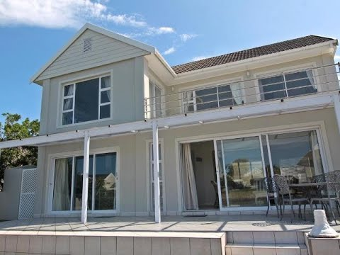 4 Bedroom House For Sale in Port Alfred, Eastern Cape, South Africa for ZAR 4,750,000