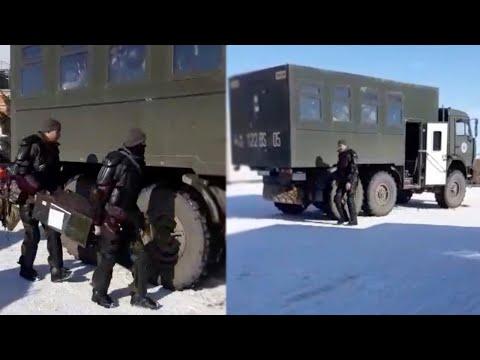В Зайсан, где проходил многолюдный митинг, прибывает военный спецназ / БАСЕ