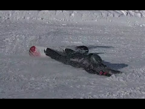 EXTREME CARVING WITH A FREECARVE BOARD. COOL ATTACK SNOWBOARD