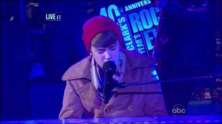 "Justin Bieber ""Let It Be"" Live From Times Square - New Year"