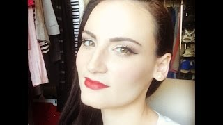 Old Hollywood Prom or Special Occasion Makeup Tutorial Thumbnail